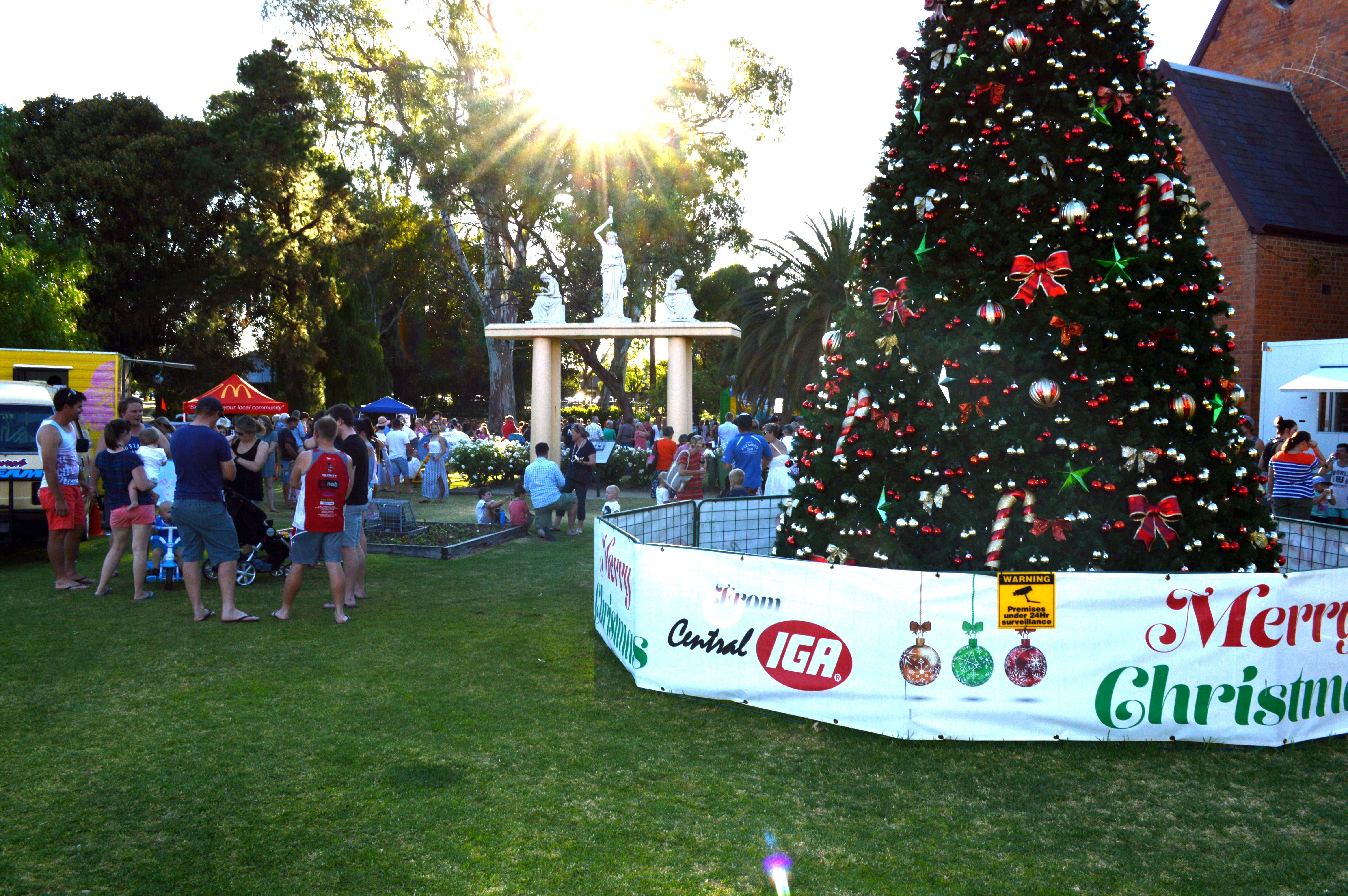 Community Christmas Party and Carols by Candlelight - Whitsundays Tourism