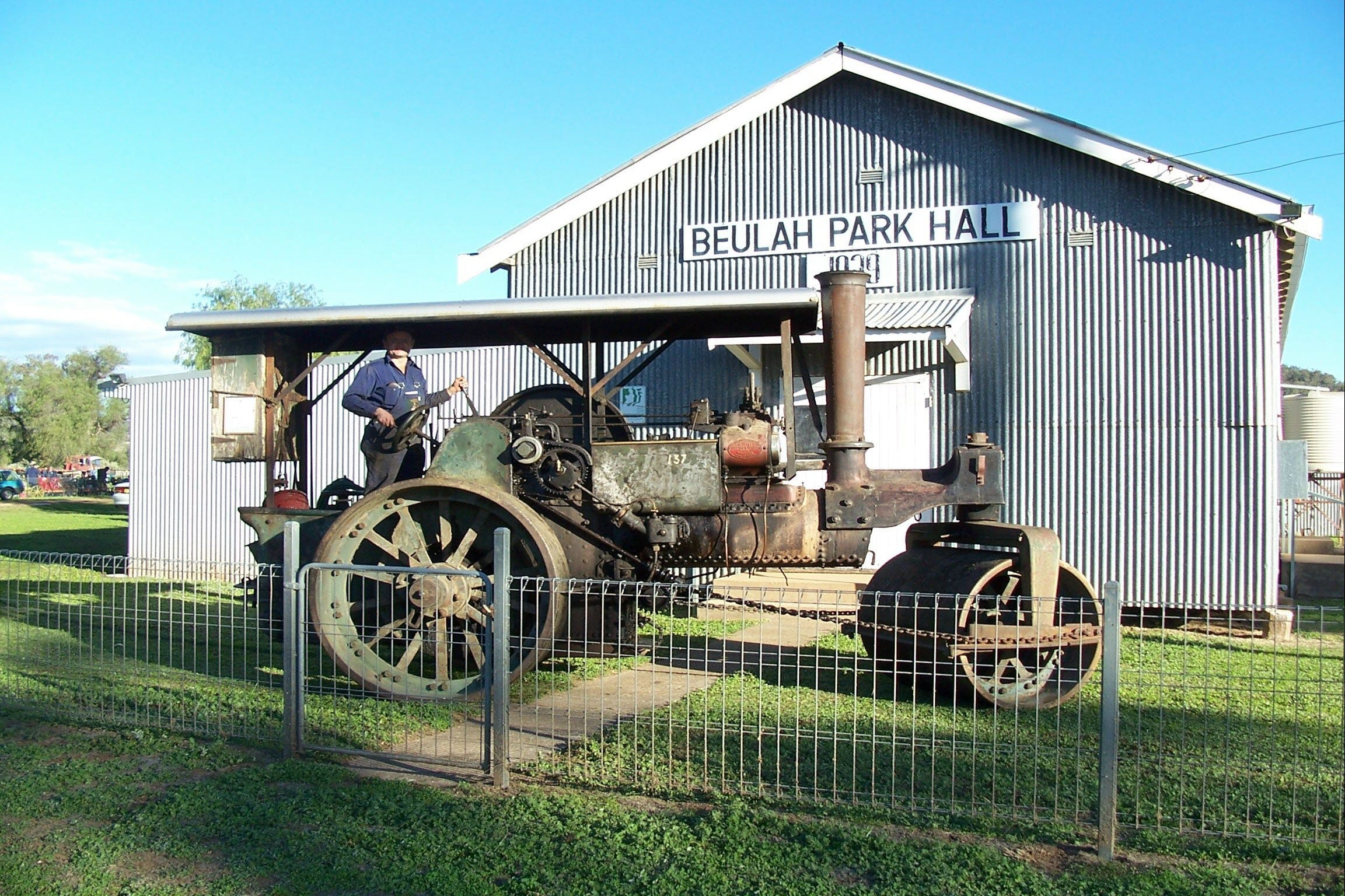 Eulah Creek Antique and Machinery Day - Whitsundays Tourism