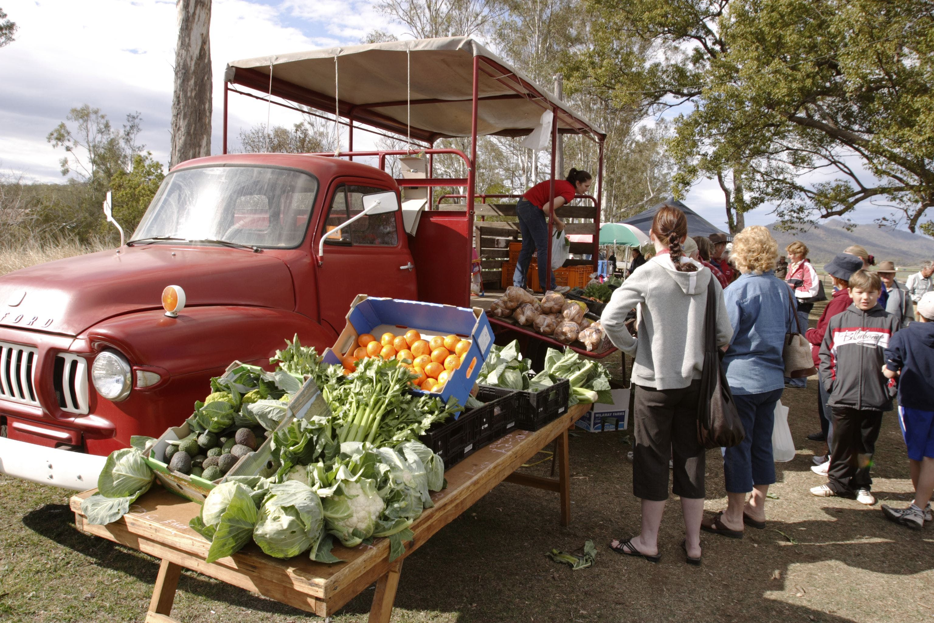 Murphys Creek Markets - Whitsundays Tourism