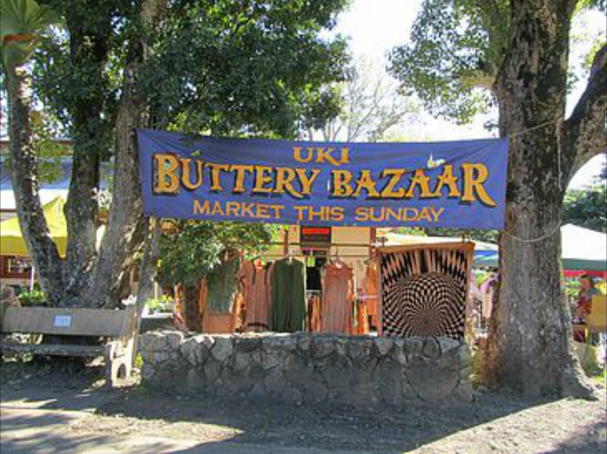Uki Buttery Bazaar - Whitsundays Tourism