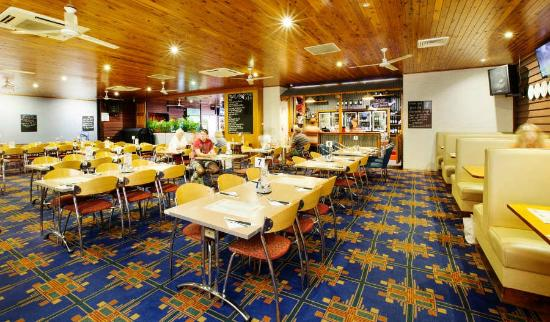 Coutts Commercial Tavern - Whitsundays Tourism