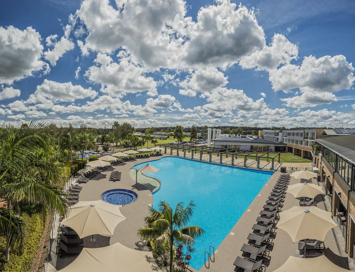 Crowne Plaza Hunter Valley - Whitsundays Tourism
