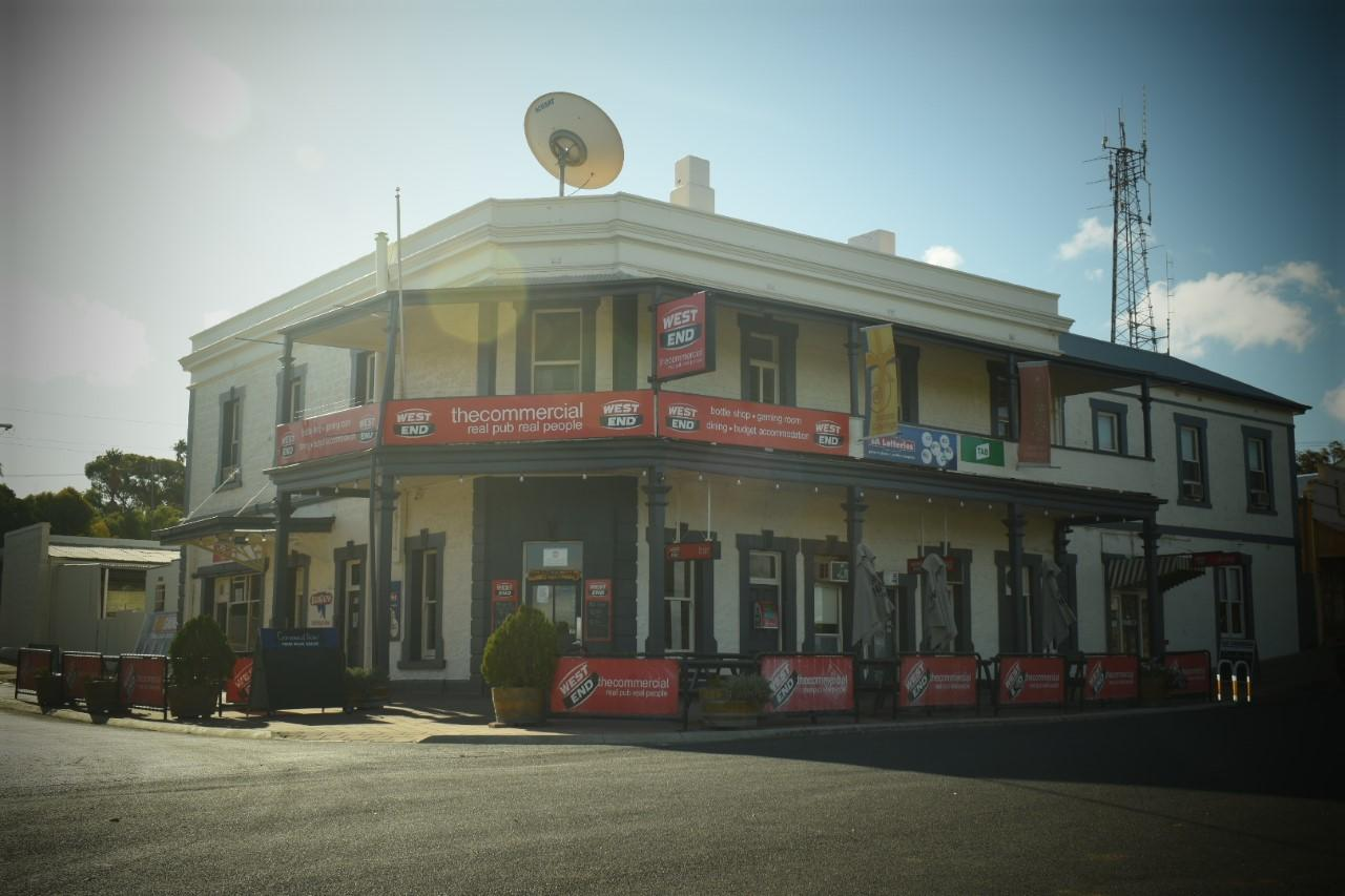 Commercial Hotel Morgan - Whitsundays Tourism