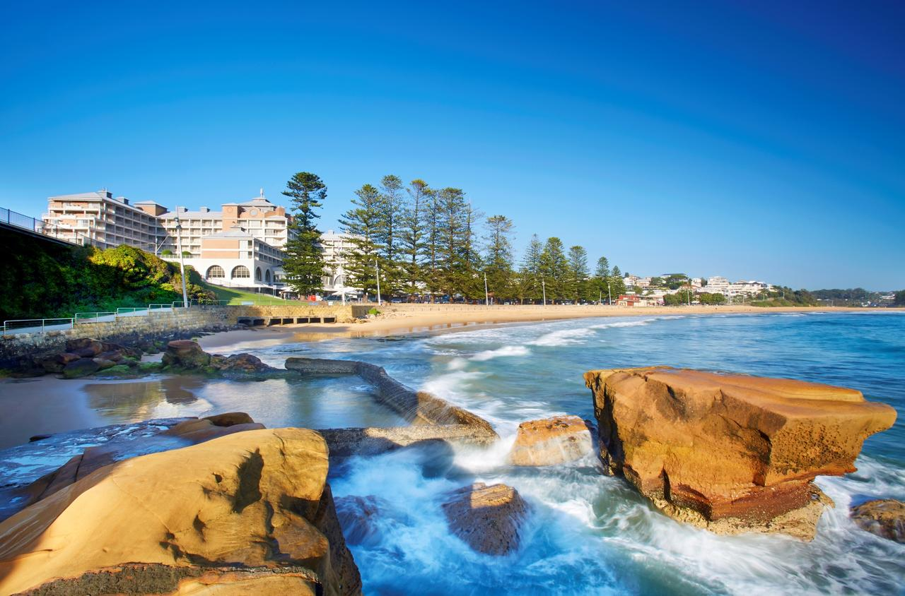 Crowne Plaza Terrigal Pacific - Whitsundays Tourism