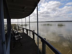PS Federal Retreat Paddle Steamer Goolwa - Whitsundays Tourism