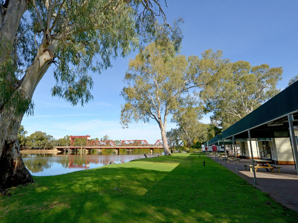 Riverbend Caravan Park Renmark - Whitsundays Tourism