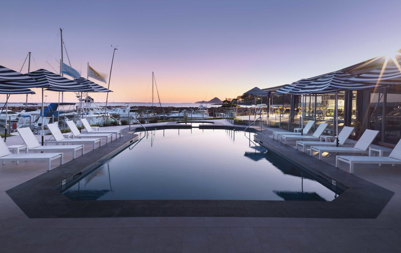 Anchorage Port Stephens - Whitsundays Tourism