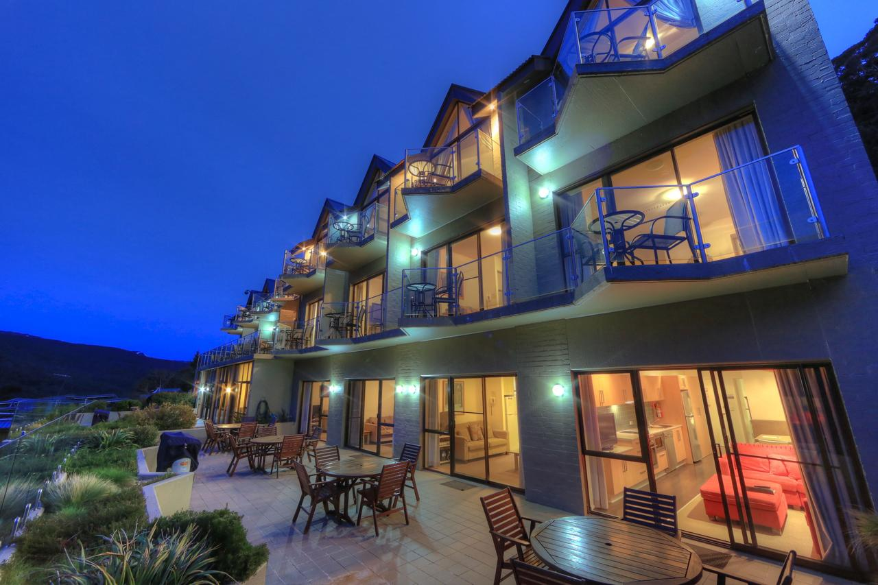 Lantern Apartments - Whitsundays Tourism