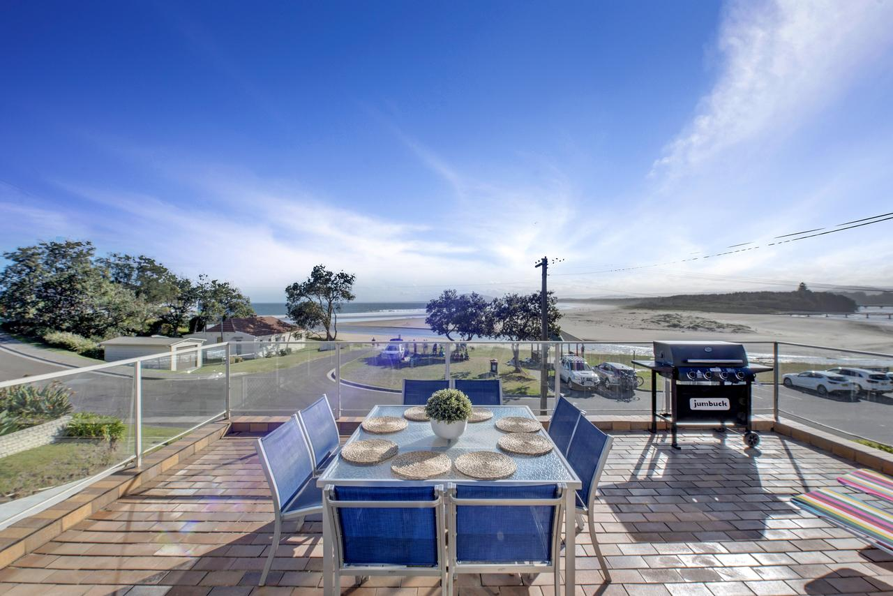 The Rotunda  Gerroa - Pet Friendly Beachfront - Whitsundays Tourism