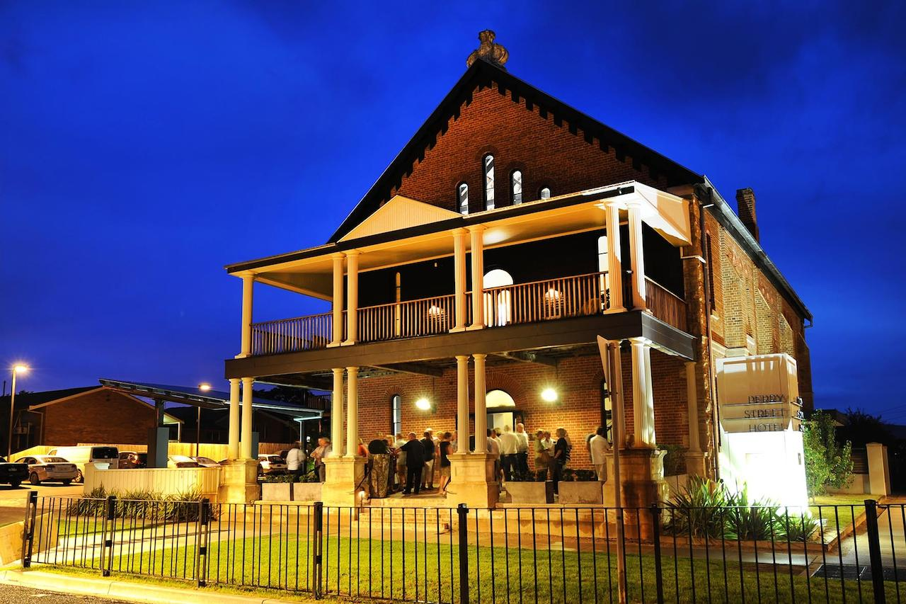 Perry Street Hotel - Whitsundays Tourism