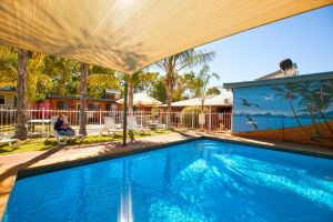 Alice Lodge Backpackers - Whitsundays Tourism
