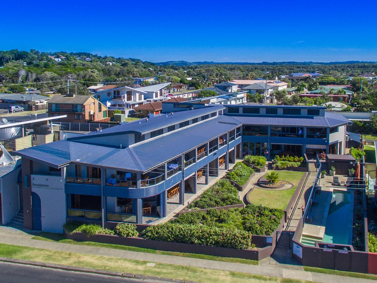 Lennox Holiday Apartments - Whitsundays Tourism