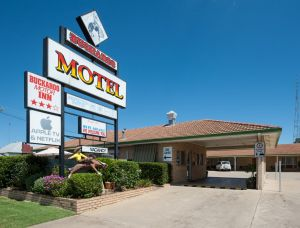 Buckaroo Motor Inn - Whitsundays Tourism