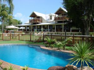 Clarence River Bed  Breakfast - Whitsundays Tourism