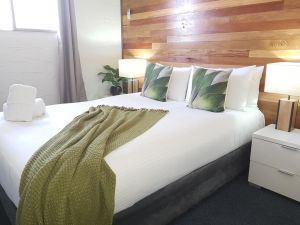 Grafton Lodge Motel - Whitsundays Tourism