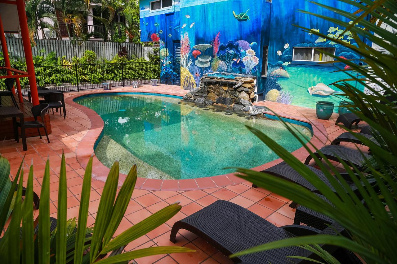 Port Douglas Motel - Whitsundays Tourism