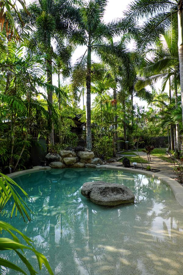 Cassawong Cottages - Whitsundays Tourism