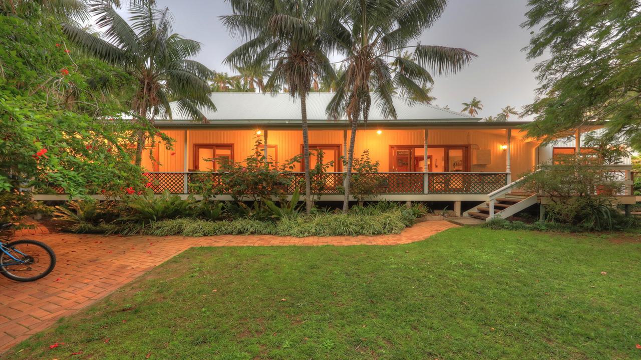 Beachcomber Lodge - Whitsundays Tourism