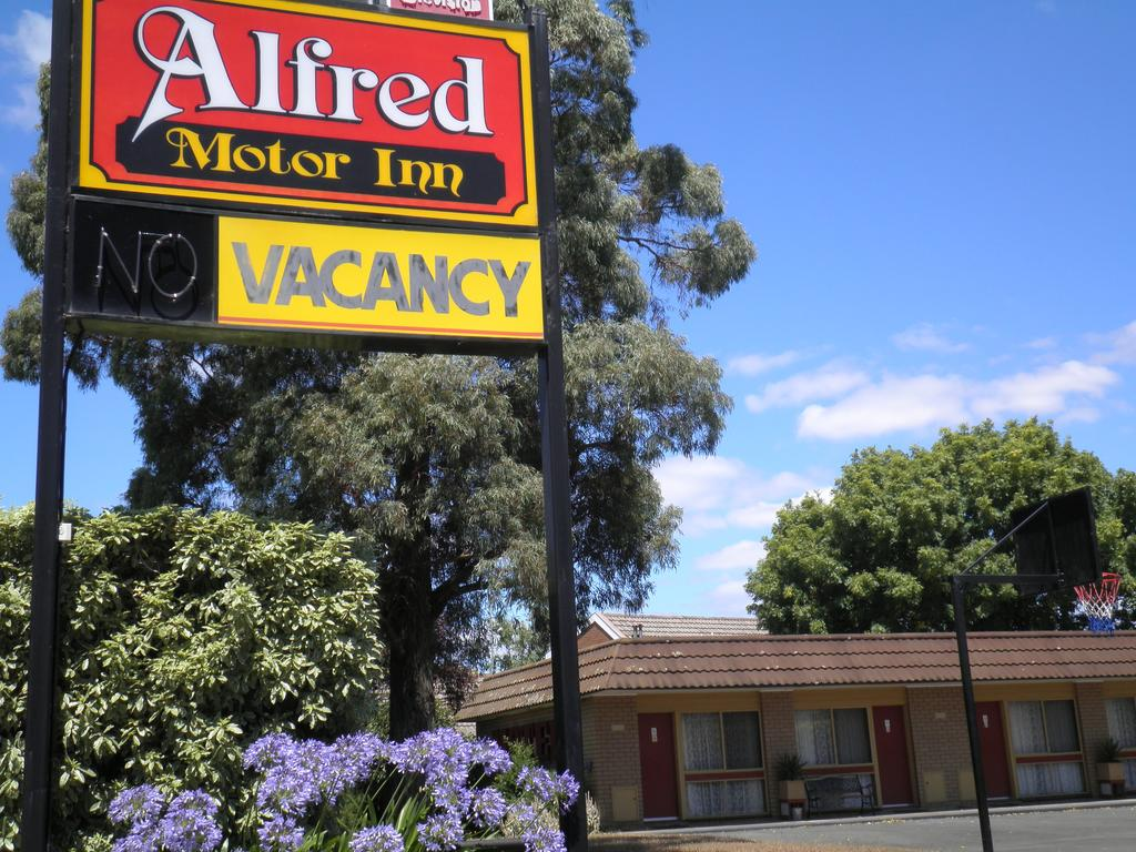 Alfred Motor Inn - Whitsundays Tourism