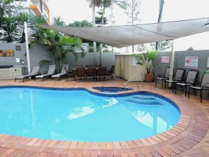 Bayview Beach Holiday Apartments - Whitsundays Tourism