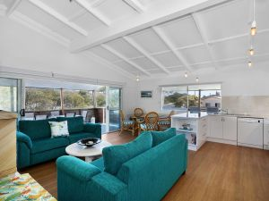 Blue River Apartments - Whitsundays Tourism